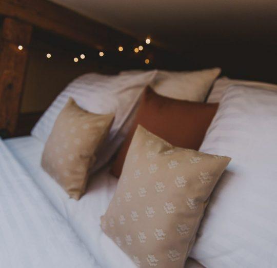 Miss Sophies Olomouc bed details