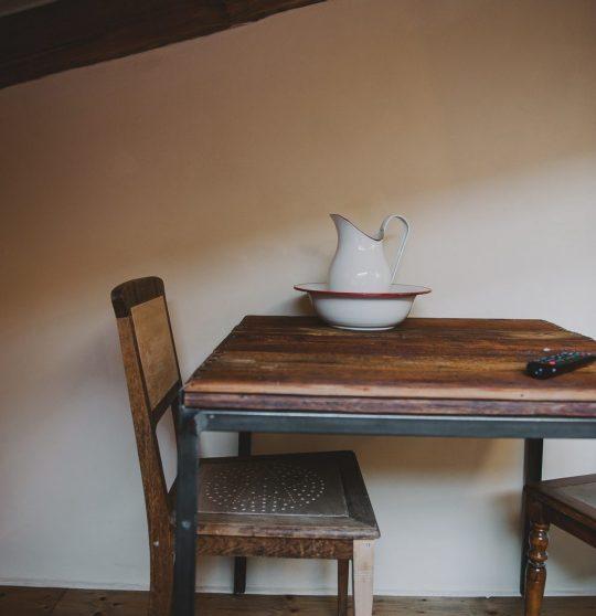 Miss Sophies Olomouc wooden table