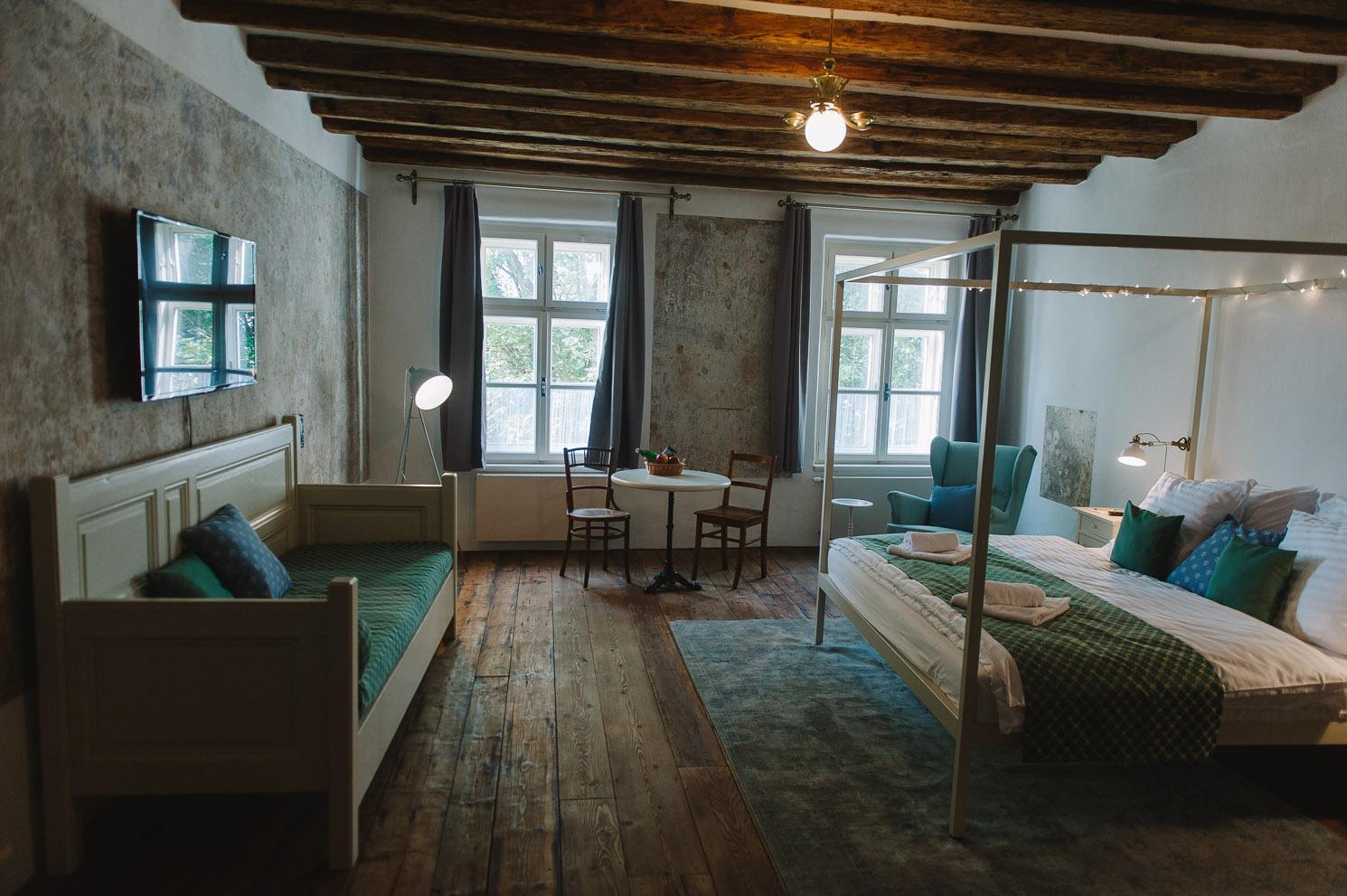 Miss Sophies Olomouc bedroom