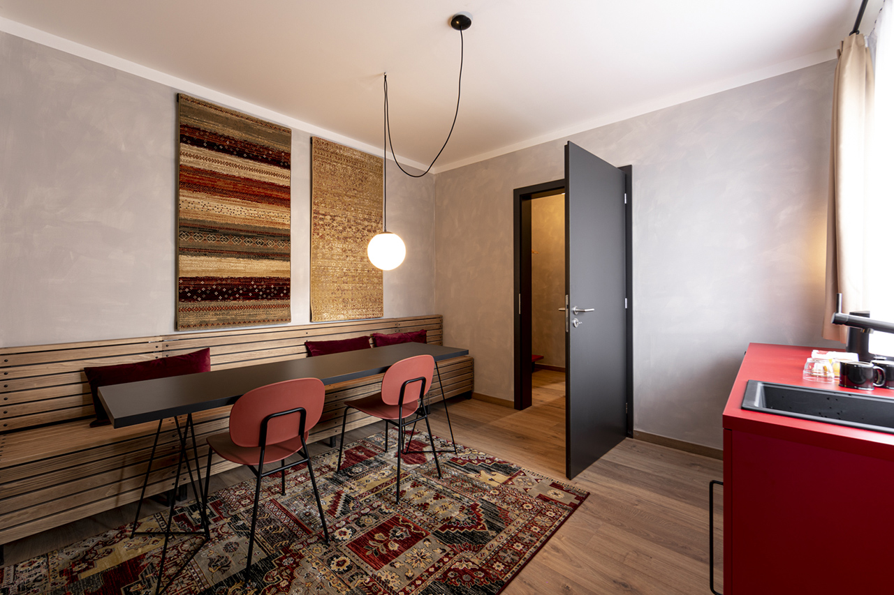 Miss Sophie's Downtown quadtruple room